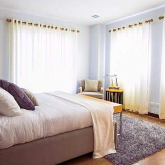 What Beds To Use In Home Staging